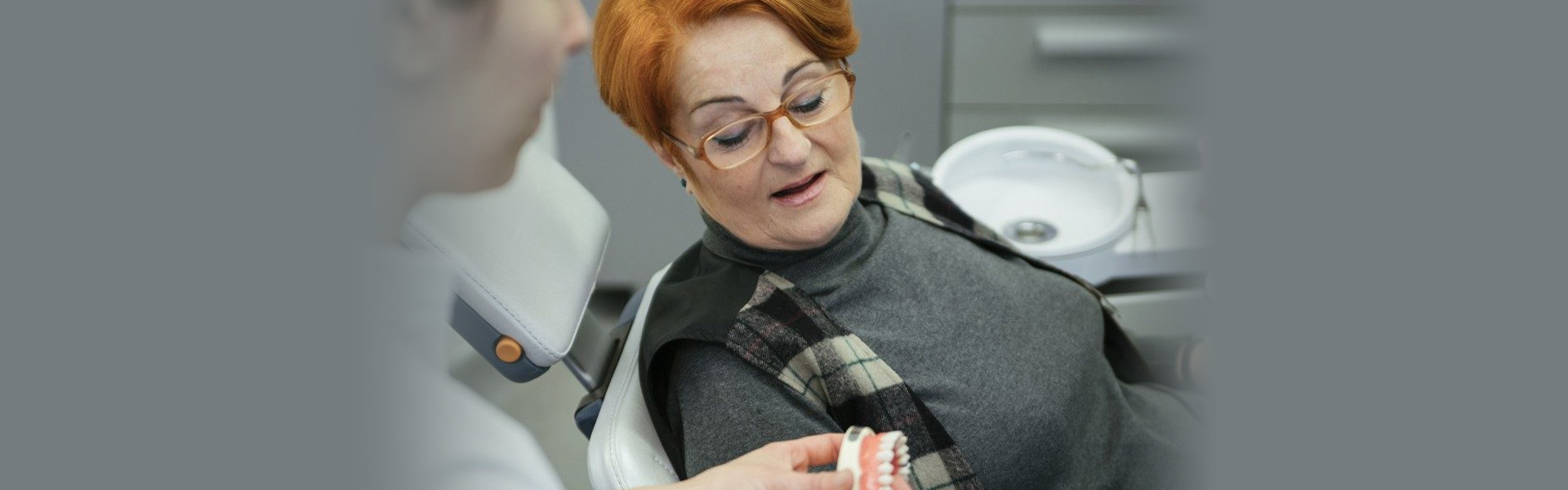 Few Dentists offer quick And Quality Denture Repairs